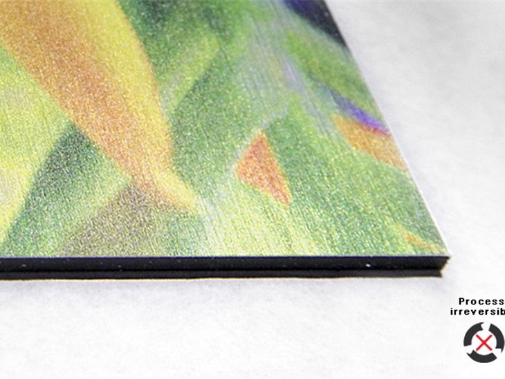 Prodotto | Stampa diretta su Dibond grigio spazzolato con tecnologia Uv